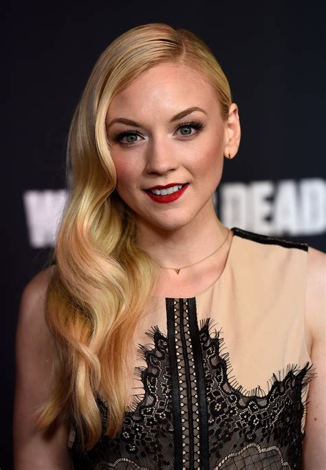 beth from walking dead actress emily kinney hot bikini images photos videos collection