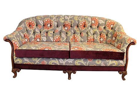 early american sofas 17 best images about early american sofas on deco furniture mahogany and studs