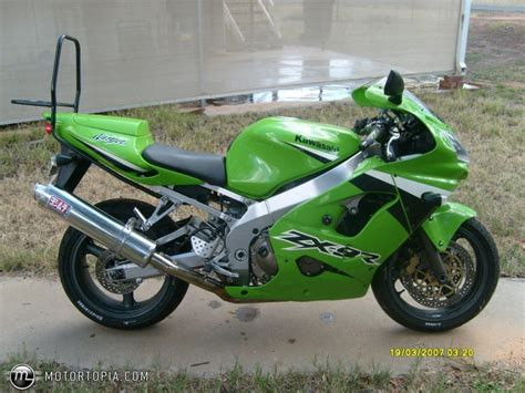 2001 Kawasaki Zx9r by Kawasaki Kawasaki Zx 9r Moto Zombdrive