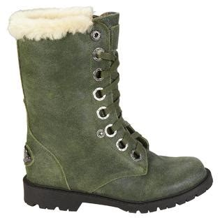 green bearpaw boots bearpaw s boot green clothing shoes