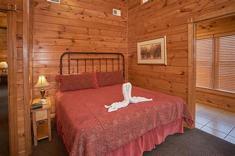 9 bedroom cabin gatlinburg gatlinburg cabin cloud nine 9 bedroom sleeps 32