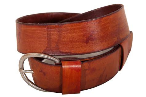 Handmade Leather Workshop - handmade leather belts spantis