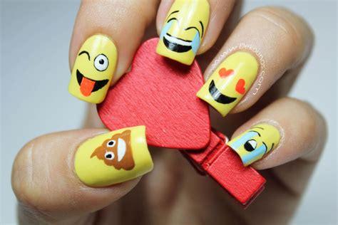 imagenes de uñas emoji decoraci 243 n de u 241 as emoji o emoticones deko u 209 as moda
