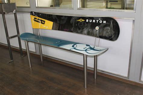 snowboard bank sitzbank aus snowboards roger gut ag