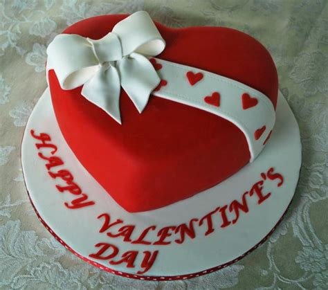 cakes for valentines day valentines day gifts to hyderabad flowers to
