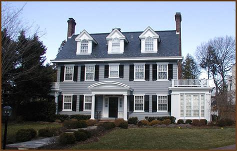 colonial house style characteristics architectural style guide characteristics of different