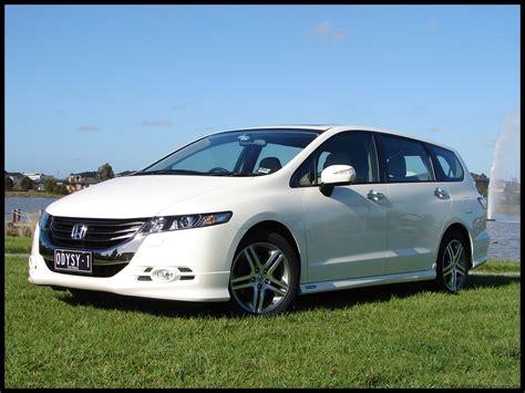 2009 Honda Odyssey Review 2009 honda odyssey review road test caradvice