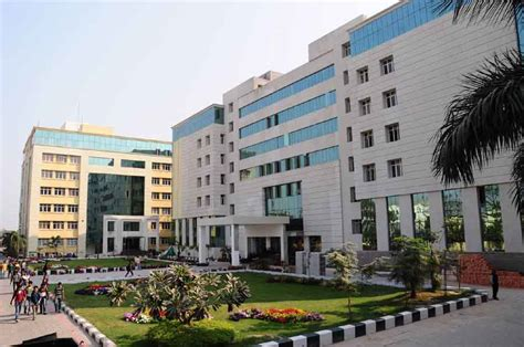 Iem Kolkata Mba Reviews by Need Suggession Which Engineering College Is Best