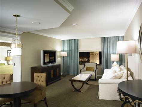 excalibur 2 bedroom suite excalibur hotel las vegas hotel rooms pinterest