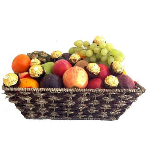 fruit basket delivery 25 best ideas about fruit baskets delivered on