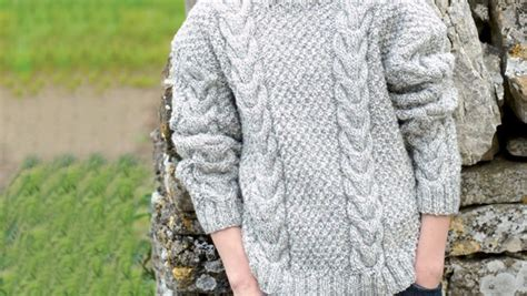 free knitting patterns for aran wool free hayfield aran knitting pattern loveknitting