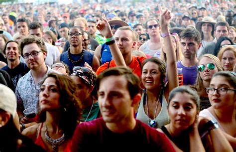 atlanta ga april 2016 a large crowd of people buy meals from food 5 music festivals that kept atlanta rocking in 2016
