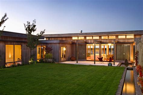House Of Warmth by Warm And Inviting House In New Zealand Placed In A