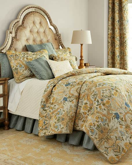 Horn Bedding by Horn Classics Manor Bedding