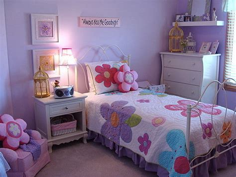 Decorating Ideas For Purple Bedroom Purple Bedroom Decorating Ideas Socialcafe Magazine