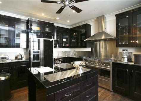 Upscale Kitchen Cabinets by Luxury Kitchens Small Spaces Solutions And Ideas Home Design