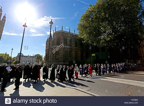 westminster new year parade 2016 uk 03rd oct 2016 start of the year