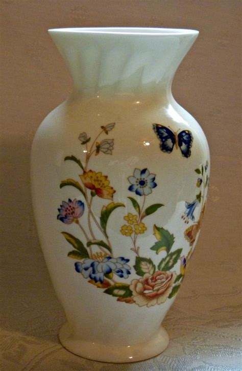 Aynsley Cottage Garden Vase by 1000 Images About Vintage Aynsley On Bone