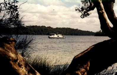 houseboat on fire gold coast where we ve been