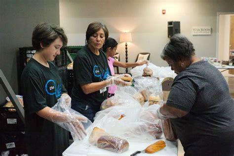 Reading Food Pantry by Number Of Clients Keeps Rising At Manvel Food Pantry