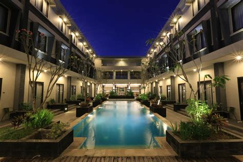hotels gili islands indonesia