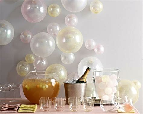 10 must have new year s eve party decorations designed w