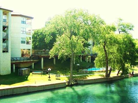 Cabins On Comal River by Comal River In New Braunfels Tx New Braunfels Condos