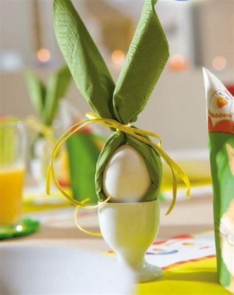Servietten Falten Ostern Tischdeko by Tischdeko F 252 R Ostern Mit Bunten Farben Und Frischen Blumen