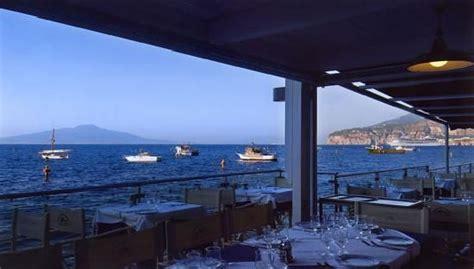 sorrento best restaurants best restaurant in sorrento ristorante bagni delfino