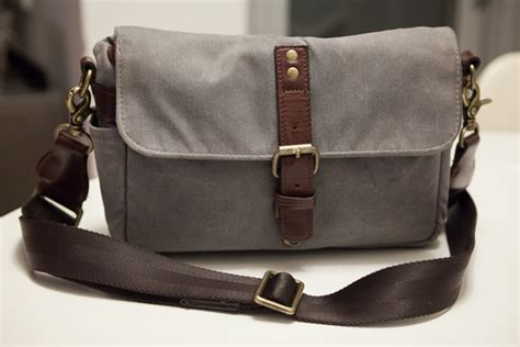ona bag review the ona bowery bag for everyday photography