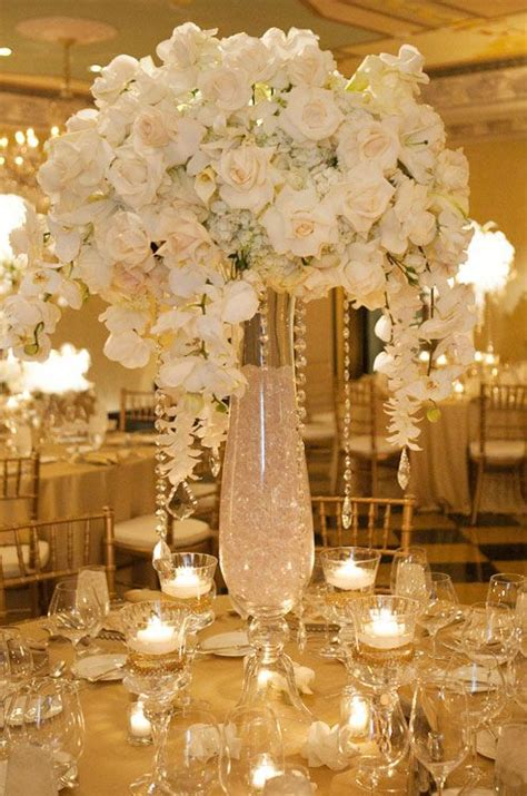 vase ideas for centerpieces this grand centerpiece is a definite crowd pleaser the