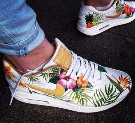 nike hawaiian print shoes shoes solesclusive tropical nike air max nike