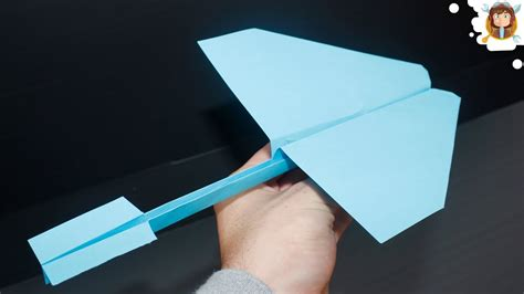 How To Make A Paper Airplane Fly Far - how to make a paper airplane that flies far