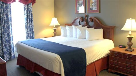 2 bedroom suites near busch gardens ta 3 bedroom suite sleeps 10 at kingsgate resort 5 min to