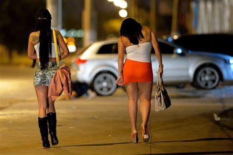 numeros de prostitutas em 2016 garotas de programa com prote 231 227 o jur 237 dica prostitutas podem cobrar pagamento do servi 231 o em ju 237 zo portal jatob 225