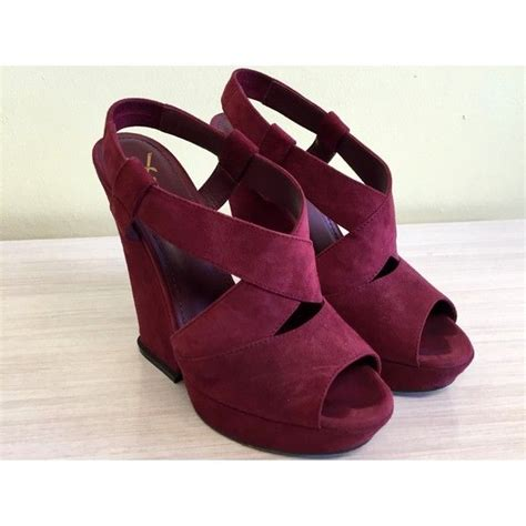 burgundy sneaker wedges 25 best ideas about burgundy shoes on