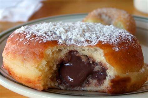 cara membuat donat kentang isi coklat resep donat kentang isi coklat leleh empuk lembut dan enak