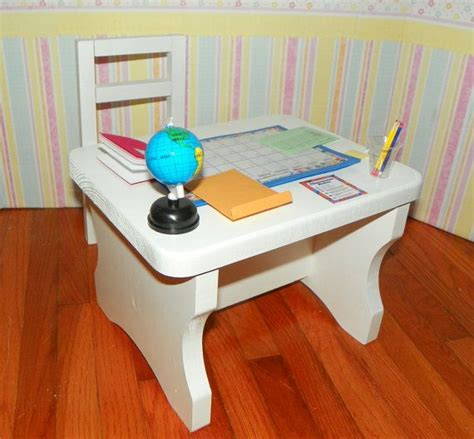 doll desk doll desk and lots of accessories