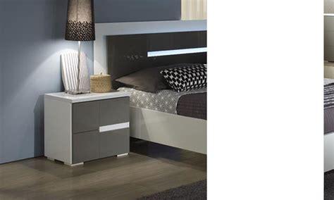 le de chevet gris et blanc table de chevet gris et blanc design ombrine