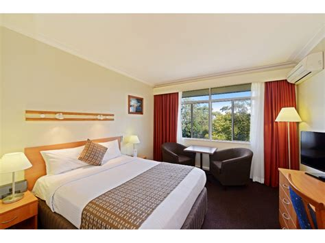 novac motel room safe storage comfort inn shore hotels accommodation 1 novac motel room safe storage laisumuam