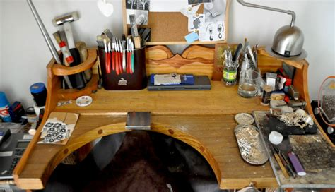 diy jewelry bench plans diy jewellers bench diy wooden pdf guitar cabinet