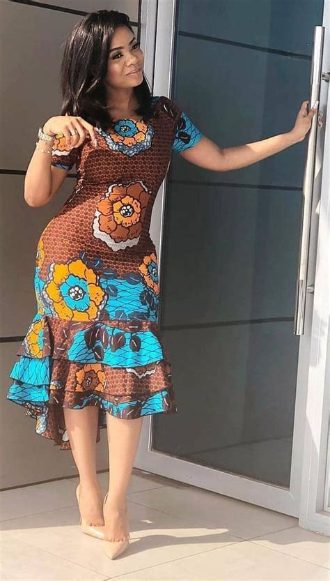 Simple Ankara Top Styles For Ladies