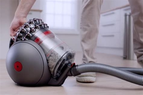 Vacuum Creation Dyson S Newest Vacuum Can Never Tip