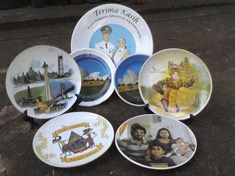 piring keramik souvenir piringku s