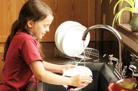 Baju Setelan Anak Perempuan Fl St Morina hilangkan stres dengan terapi cuci piring madani mental health care foundation