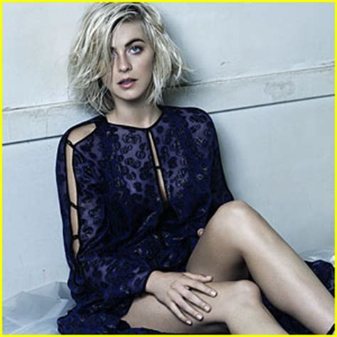what is up with julianne forhead julianne hough on playing grease s sandy i know there s