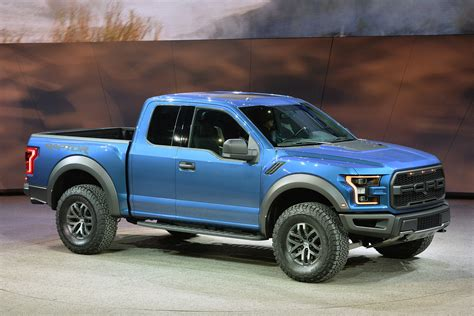 ford raptor revealed   detroit auto show