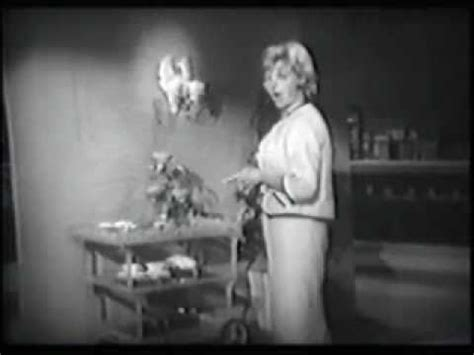 rosemary clooney why shouldn t i lyrics rosemary clooney here s that rainy day doovi