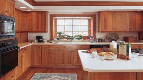 maple cabinet kitchen kitchen craft cabinets nutmeg maple kitchen cabinet craft