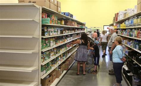 Food Pantry Naperville by Naperville Food Pantry Gets Donation To Boost Programs